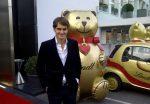 FOTO: Roger Federer cu ursul de ciocolată Lindt