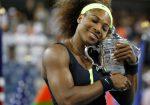 FOTOGALERIE: Serena Williams cu trofeul câștigat pentru a patra oară la US Open