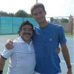 FOTO: Avantajul de a fi fratele lui Djokovic: te pozezi cu Maradona