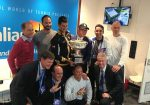 FOTOGALERIE: Ce a făcut Novak Djokovic după câştigarea trofeului la Australian Open? S-a pozat cu toată lumea