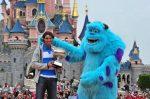 FOTOGALERIE: Rafael Nadal a mers la Disneyland cu trofeul cucerit la Roland Garros