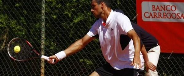 Victor Hănescu și Adrian Ungur s-au oprit în optimile de finală ale challenger-ului de 42.500 de euro de la Trnava. În turul secund, Adrian Ungur, cap de serie numărul 6,...