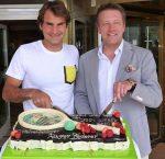 POZA ZILEI, 8 iunie 2014: Roger Federer, întâmpinat cu tort la Halle