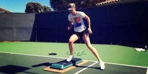 Pentru Maria Sharapova, circuitul nord-american de turnee a constat doar într-un circuit de promovare a Sugarpovei și a celor de la Nike. Pentru că ea nu va juca nici un...