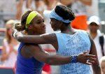 POZA ZILEI, 10 august 2014: Surorile Williams după meciul direct câștigat de Venus la Montreal