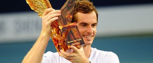 Andy Murray a câștigat, duminică, la capătul unui meci dramatic, primul titlu ATP din 2014. El s-a impus la Shenzen după ce a salvat 5 mingi de meci. În finala...