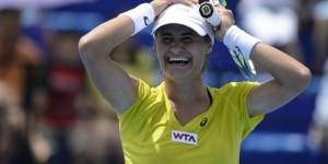 Monica Niculescu a cucerit azi al doilea titlu WTA al carierei, așa cum ați putut citi AICI. Evident, izbânda a fost urmată de lacrimi de bucurie ale Monicăi. Dacă AICI...