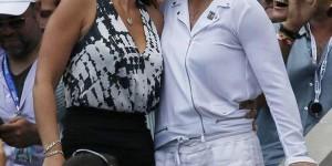 1. Fostul lider mondial al tenisului feminin, Martina Navratilova, s-a căsătorit, luni, cu logodnica ei, fosta Miss URSS 1990, Julia Lemigova. AICI aflați detalii despre această nuntă, care a fost...