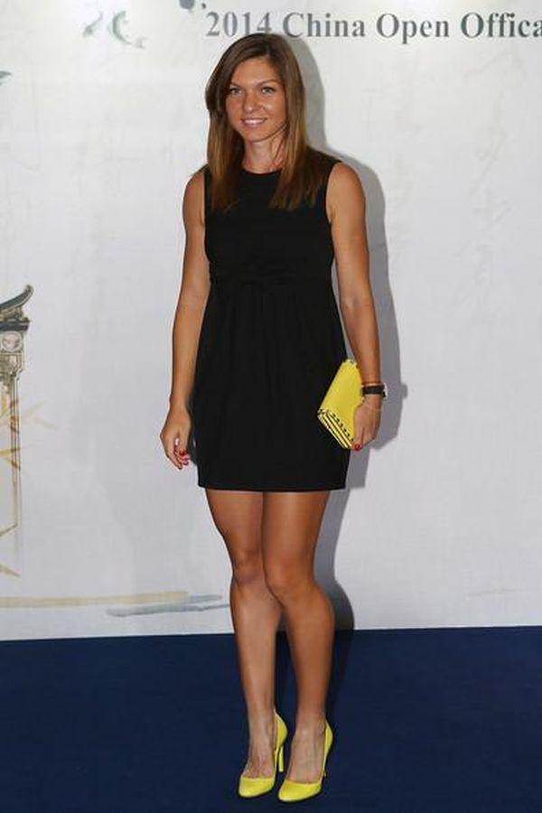 Simona Halep pe covorul rosu la players party WTA Beijing 2014