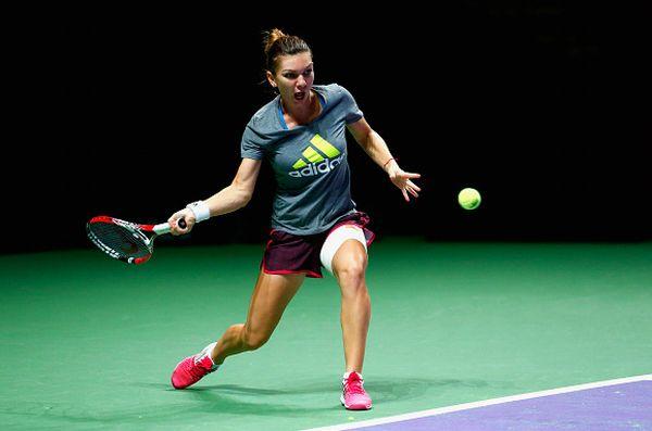 Simona Halep la primul antrenament la Singapore
