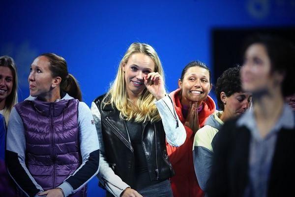 Lacrimi Caroline Wozniacki la retragere Li Na Beijing 2014