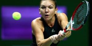 Simona Halep a reuşit să-şi învingă demonii azi. Ea a câştigat pentru prima dată în faţa Serenei Williams şi e ca şi calificată în semifinalele Turneului Campioanelor! Simona Halep a...