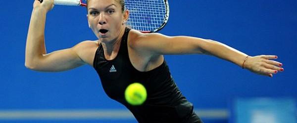 Simona Halep s-a distrat cu Eugenie Bouchard în meciul ei de debut de la Turneul Campioanelor! După această victorie, ea va juca, miercuri, contra liderului mondial, Serena Williams. În primul...