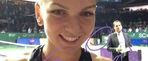 Simona Halep a debutat cu dreptul la Turneul Campioanelor și, așa cum e normal, a avut mereu zâmbetul pe buze. Si la finalul victoriei cu Eugenie Bouchard, și la finalul...