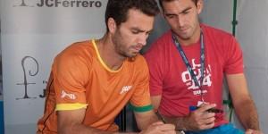 Calificați de ieri în semifinalele probei de dublu de la Valencia, Horia Tecău și Jean Julien Rojer au avut azi o zi liberă plăcută la turneul spaniol. Horia Tecău și...