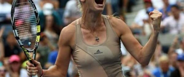 Ziua de azi a încurcat și mai rău lucrurile în Grupa Albă a Turneului Campioanelor. În primul meci al zilei, Caroline Wozniacki a învins-o cu scorul de 7-5, 6-3 pe...
