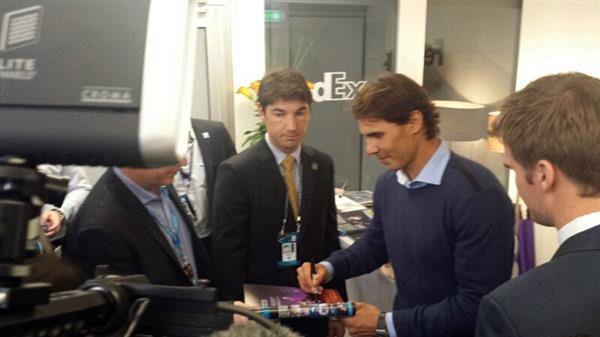 Rafael Nadal autografe la Londra