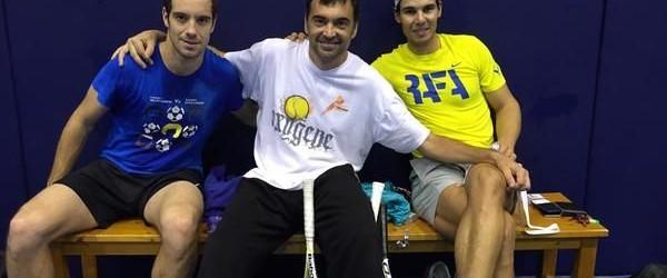 În această săptămână Rafael Nadal a bătut mingea la antrenamente cu un bun prieten: francezul Richard Gasquet. Gasquet a venit special la Manacor pentru a se pregăti o săptămână cu...
