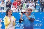 FOTO Victor Estrella Burgos cu trofeul de la Quito, cu care a scris istorie în ATP