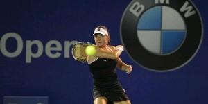 Alexandra Dulgheru continuă parcursul foarte bun de la Kuala Lumpur. Ea s-a calificat în sferturile de finală. Început cu o victorie obţinută în faţa celei de-a doua favorite a turneului,...