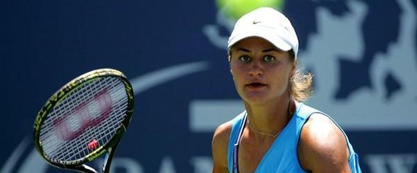 Monica Niculescu este singura reprezentantă a României care va juca azi la Miami Open. Monica Niculescu și partenera ei, rusoaica Alexandra Panova, vor juca azi în optimile de finală ale...