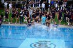 POZA ZILEI, 27 aprilie 2015: Kei Nishikori a sărbătorit în piscină recucerirea titlului la Barcelona