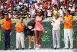 FOTO Serena Williams cu trofeul cucerit a opta oară la Miami