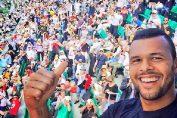 tsonga selfie roland garros