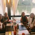 . . După cum a declarat săptamâna trecută, Alina Cercel-Tecșor, căpitanul-nejucător al echipei de Fed Cup a României a stabilit o întâlnire la un restaurant din București împreună cu 3...