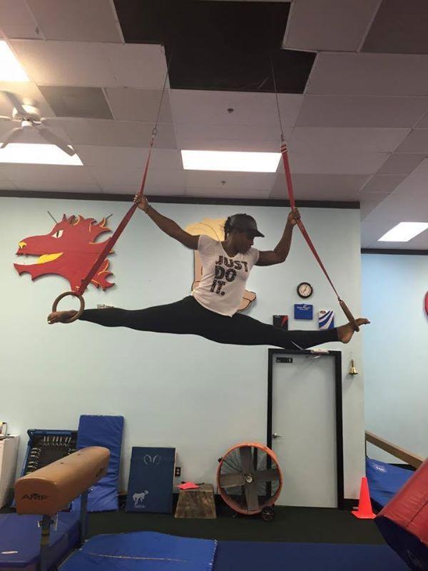 serena williams acrobata