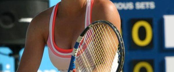Titlul câştigat de Ana Bogdan – duminică, la Mamaia – este al 50-lea în acest an câştigat de jucătoarele şi jucătorii noştri. Cifra este una onorantă şi ne dă speranţe...