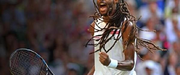 Nu știu ce se întâmplă cu tenismenii și tenismenele, dar săptămâna aceasta de două ori s-au imprimat efecte magice mingilor în timpul meciurilor. După ce alaltăieri Carla Suarez Navarro reușea...