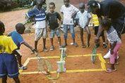 tenis teren minuscul copii