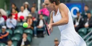 Avem o zi plină de tenis. În timp ce, la Cluj România juca împotriva Cehiei, la St. Petersburg, Patricia Ţig ajungea în finala calificărilor turneului WTA. În turul secund al...