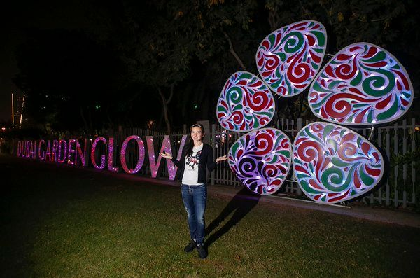 dubai garden glow simona halep