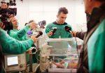 FOTO: Horia Tecău a donat un incubator Maternității din Arad