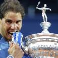 Rafael Nadal a egalat ieri recordul titlurilor pe zgură cucerite de un jucător. El s-a impus la Barcelona și a ajuns la 49 de trofee pe zgură, egalându-l pe recordmenul...