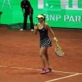 Sorana Cîrstea s-a calificat în optimile de final ale turneului WTA de la Istanbul, după ce a eliminat-o pe deținătoarea trofeului. Sorana Cîrstea a învins-o cu scorul de 6-3, 6-4...