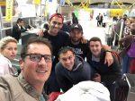 POZA ZILEI, 8 mai 2016: O adevărată echipă: Horia Tecău, Florin și Daiana Mergea, Andrei Pavel, Dragoș Lucan și Dragoș Ciaus, pe aeroportul din Madrid