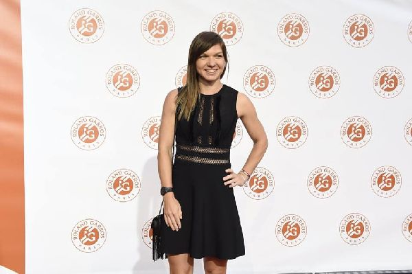 players party simona halep