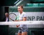 Roland Garros: Simona Halep, la primul antrenament (FOTO)