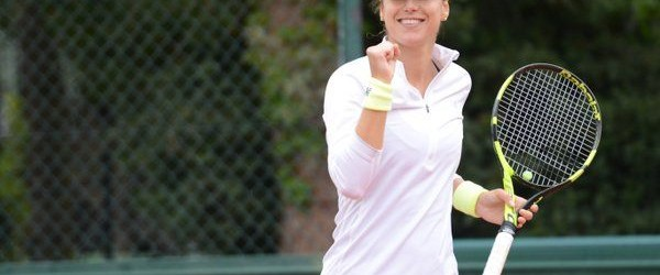 Și azi vom avea emoții la Roland Garros. E ziua în care vor debuta Sorana Cîrstea și Monica Niculescu. Sorana Cîrstea ar fi trebuit să joace ieri cu Elina Svitolina,...