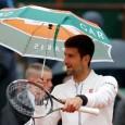 Novak Djokovic, liderul clasamentului mondial, se simte bine indiferent de temperatură sau de starea vremii. Așa că ieri a luat o umbrelă și a inspectat terenul. Liderul clasamentului mondial, Novak...