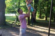 victor hanescu copil parc