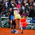 Serena Williams a demonstrat încă o dată că este o campioană nu doar pe teren, ci și în comportament. La finalul partidei pierdute în finala turneului de la Roland Garros...