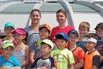 FOTOGALERIE: Simona Halep a jucat tenis cu copiii la Montreal