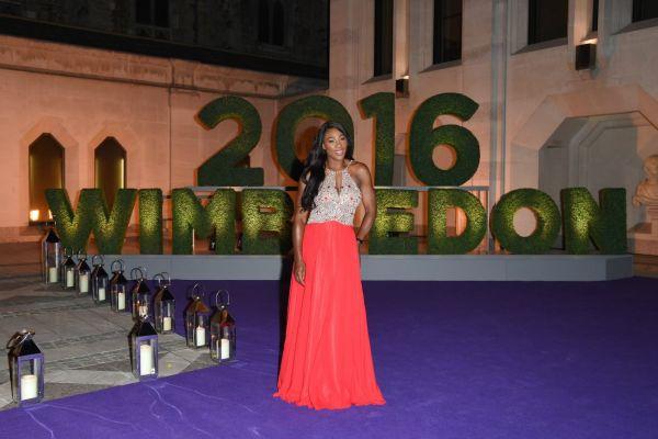 Serena Williams e gata de petrecere