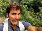 POZA ZILEI, 3 septembrie 2016: Roger Federer în excursie, cu o figură expresivă