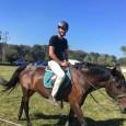 Victor Hănescu a avut săptămâna trecută câteva zile libere, pe care le-a petrecut descoperind un nou sport. După cum se vede, Victor a încercat să călărească și, chiar dacă în...