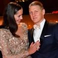 Proaspăt căsătorită cu fotbalistul Bastian Schweinsteiger, Ana Ivanovic strălucește la toate galele la care îl însoțește. Una dintre cele mai recente a avut loc la Berlin, la premiile Bambi, acolo...